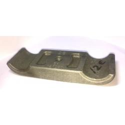 ENGINE MOUNT BOTTOM CLAMP D28